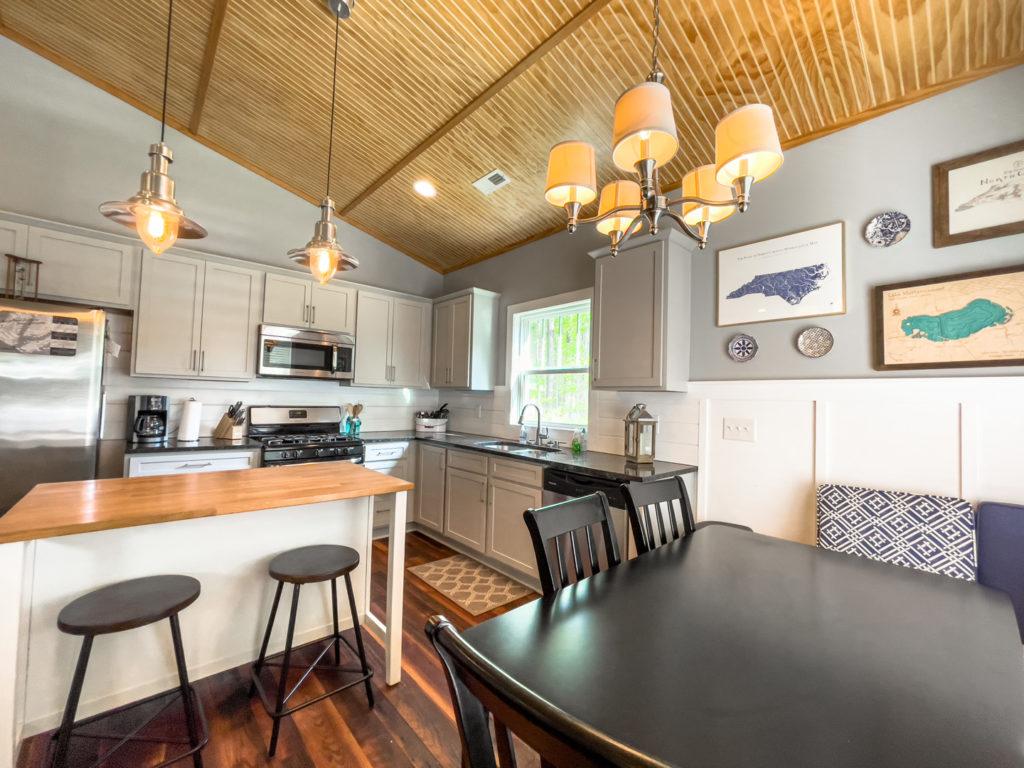 The Black Duck cottage interior, a rental cottage at Arlington Place.