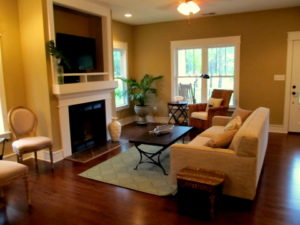 The Pamlico Cottage living room.