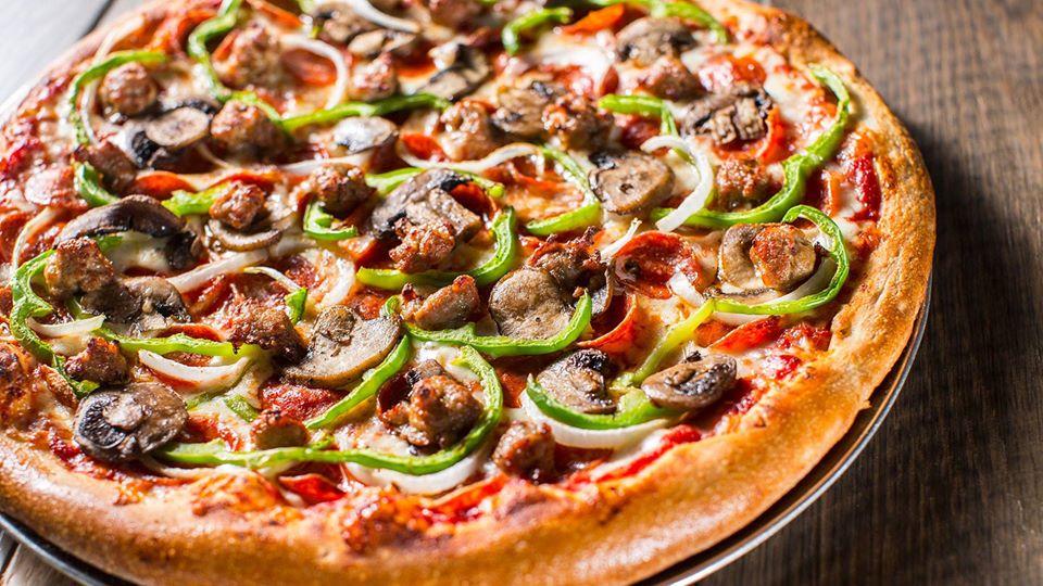 silos supreme pizza