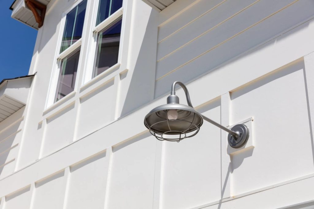 exterior lights Southern Comfort